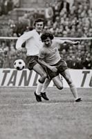 Postcard Poland - England FIFA World Cup 1974 qualifying match. Wlodzimierz Lubanski and Roy McFarland